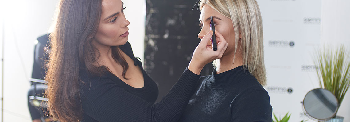 how-to-step-up-your-eyebrow-grooming-routine-this-noel - Sienna X